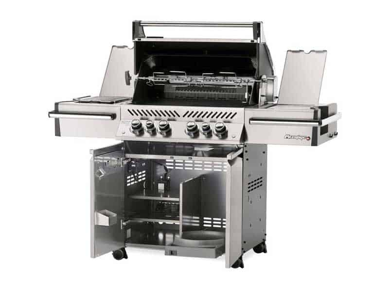 Napoleon gas grills models tend to feature larger grilling areas and the main burners are often complemented with infrared side burners
